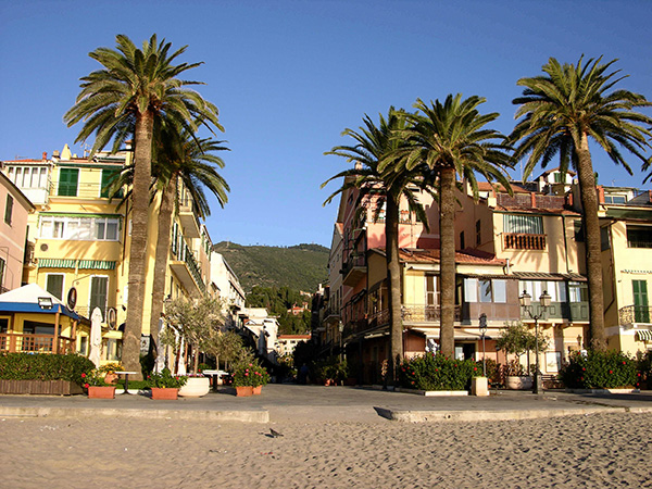 Alassio beach, photo by Martina Rathgens CC-BY